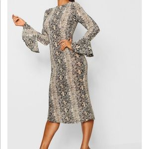 Snake Print Flared Sleeve Midi Dress